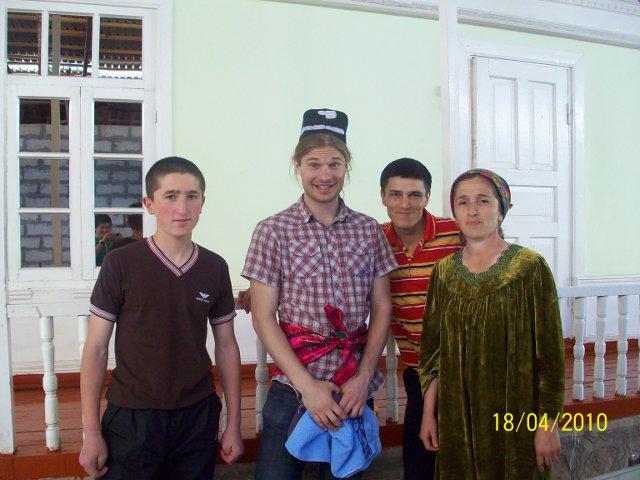 Tadžikistānas ģimenīte